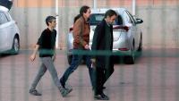 La diputada d'En Comú Podem Lucia Martín, el líder de Podem, Pablo Iglesias, i el tinent d'alcalde de Barcelona Jaume Asens, arribant aquest divendres a la presó de Lledoners
