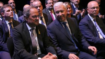El president de la Generalitat, Quim Torra, al costat del president de la Cecot a la 24ena Nit de l'Empresari