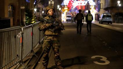 L'exèrcit s'ha desplegat al carrer arran de l'incident, aquest dimarts al centre d'Estrasburg