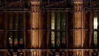 Els diputats del grup conservador, reunits en una sala del Parlament, a Westminster