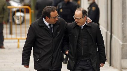 Els consellers Josep Rull i Jordi Turull, abans de tornar a la presó