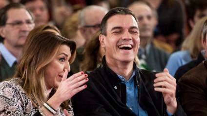 El líder del PSOE, Pedro Sánchez, amb l'expresidenta de la Junta d'Andalusia Susana Díaz aquest dissabte a Sevilla