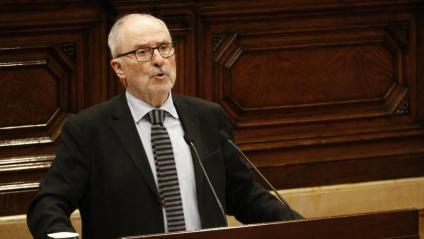 El Síndic de Greuges, Rafael Ribó, intervenint al ple del Parlament