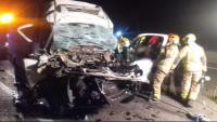 Efectius d'emergències treballen al lloc de l'accident, aquest matí a Tarragona
