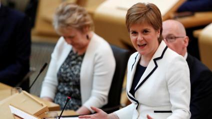 La primera ministra escocesa, Nicola Sturgeon, aquest dimecres durant el seu discurs al parlament d'Edimburg