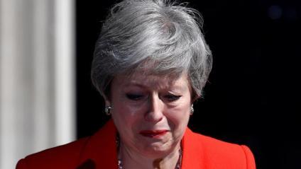 Theresa May s'ha emocionat en anunciar la seva dimissió