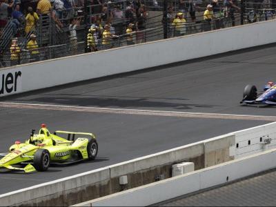 Pagenaud creua la meta al davant de Rossi