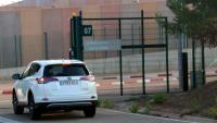 El vehicle de l'advocat Francesc Homs, arribant aquest dilluns a la presó de Lledoners