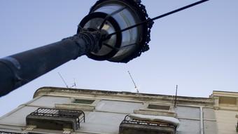 En aquest edifici de la Rambla va néixer la Revista de Girona.  LL. SERRAT