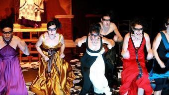 Alguns dels inquietants personatges de Dies irae; en el Rèquiem de Mozart. /  MANEL LLADÓ