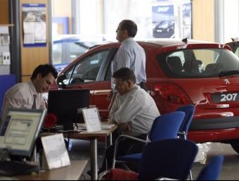 Els venedors de cotxes esperen poder tenir la llei aquest any.  Foto:ARXIU