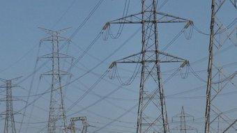 Línia de torres de molt alta tensió (MAT), a Osona ALBERT ALEMANY / ARXIU