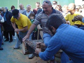 Els actes més populars de la festa van ser els concursos d'habilitat i els jocs rurals, que van reunir força participants. A.P