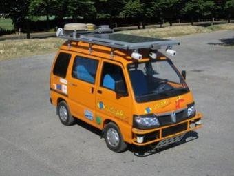 Prototipus de furgoneta de conducció autònoma de la Universitat de Parma (Itàlia) ARXIU