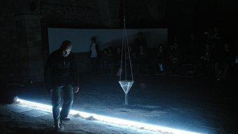 Una imatge de 'Sinthesis', la 'performance' de Lluís Sabadell que es va veure a Girona. EL PUNT
