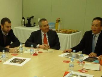 La delegació de Xangai i la terrassenca es van trobar ahir al Parc Audiovisual. M.A.L
