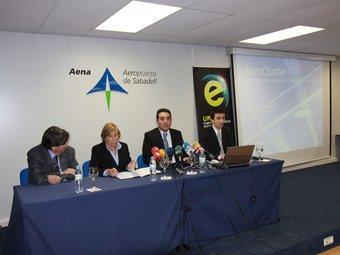Martí, Ripoll, Bustos i Piera, ahir al migdia, a l'aeroport de Sabadell E.A