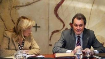 La vicepresidenta, Joan Ortega, amb el president Mas en l'últim Consell Executiu ARXIU