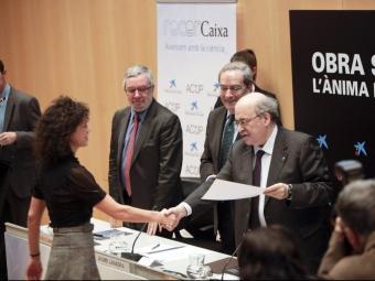 El conseller Mas-Colell va presidir l'acte d'entrega de les acreditacions dels ajuts RecerCaixa ROBERT RAMOS