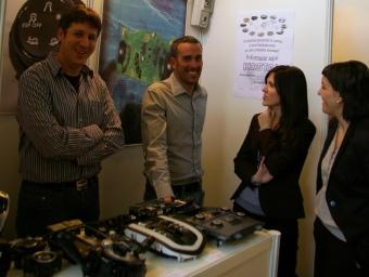 Representants de la firma Kostal, fa uns dies a la UPC de Terrassa.  J.TORRENTS
