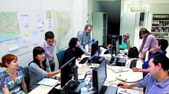 Una instantània de la redacció de Barcelona, poc abans del llançament del número u. ARXIU
