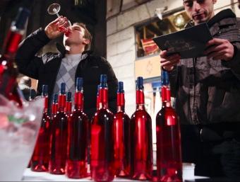 El sector ha hagut de sortir a l'estranger per poder vendre vi.  L'ECONÒMIC