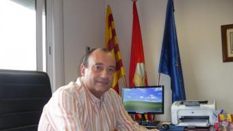 Pere Vega en el despatx d'alcaldia en una imatge presa