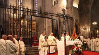 La cerimònia de proclamació de la Basílica de Sant Feliu. JOAN SABATER