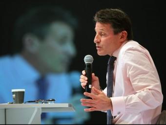 Sebastian Coe durant la trobada en el Global Sports Forum de Barcelona TONI ALBIR / EFE