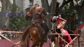 Una escena de les justes, ahir a la Rambla de Figueres. JOAN SABATER