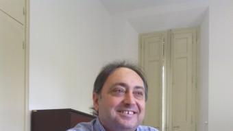 Ramon Buxó fotografiat en el seu despatx, a Pedret M. TORNS