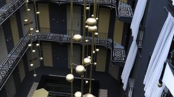 Interior de l'hotel España, on se celebren els debats de Presència Foto:JOSEP LOSADA
