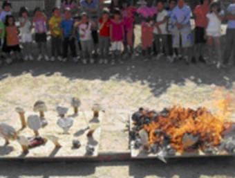 Els nens realitzaran maquetes d'un bosc net i un de brut per comprovar la diferència de propagació d'un incendi en els dos casos FUNDACIÓ PAU COSTA