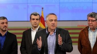 Collboni, Lucena, Navarro i Balmón, en la compareixença de la nit electoral, després que el partit baixés dels 28 als 20 diputats JOSEP LOSADA