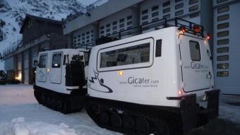 El Gicafer és un vehicle amfibi adaptat per la neu. M.M