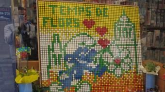 El muntatge de la botiga Zeppelin està fet amb 400 cubs de Rubik Foto:J.N