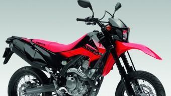 La Honda CRF 250M és una moto molt al gust d'un públic jove i al que li agrada distingir-se. És àgil en ciutat i molt divertida en carreteres sinuoses.  HONDA