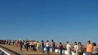 Cadena humana per la llibertat a Deltebre, prèvia de la cadena humana de la Diada ARXIU