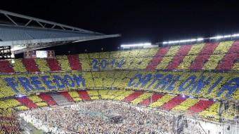 L'espectacular mosaic que va muntar aquest diari va ser sens dubte la imatge del Concert per la Llibertat Foto:ANDREU PUIG