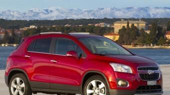 El Chevrolet Trax basa la seva personalitat en un frontal d'aparença robusta i unes formes generals musculoses. Foto:CHEVROLET