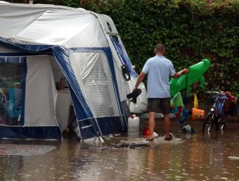 La tempesta també va obligar a desallotjar una cinquantena de persones de càmpings ACN