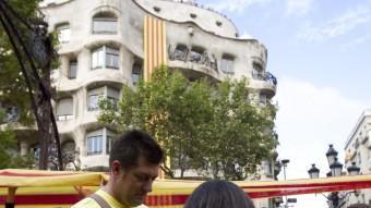 La zona de la Pedrera, al Passeig de Gràcia, va ser on es va concentrar més gent ALBERT SALAMÉ