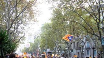 La manifestació de l'esquerra independentista, al seu pas per les Rambles de Barcelona ACN