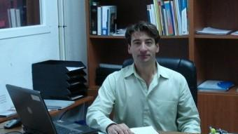 Rafel Andreu al seu despatx de l'institut Pasqual Calbó de Maó EL PUNT AVUI