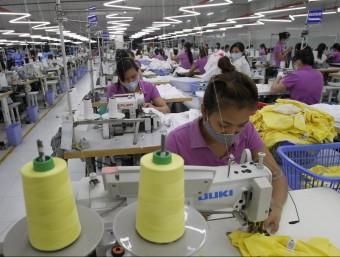 El mercat asiàtic ja aporta més milions de treballadors que l'europeu.  ARXIU/ REUTERS