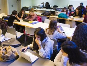 Els temps canvien i les necessitats del sector acadèmic també han evolucionat. La tecnologia ha fet acte de presència.  ARXIU