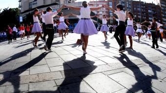 La plaça del Lleó o del Mercat, va ser l'escenari on es va celebrar l'espectacular certamen sardanístic