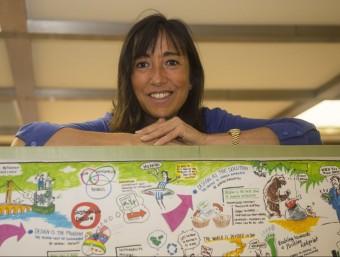 Isabel Roig, directora general del Barcelona Centre de Disseny, que aquests dies prepara les maletes per traslladar-se al nou edifici del disseny de Barcelona.  Foto:ALBERT SALAMÉ