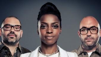 Morcheeba, amb Skye Edwards entre els dos germans Godfrey, en una imatge promocional recent ARXIU