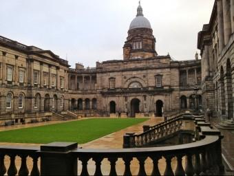 Panoràmica de la Universitat d'Edimburg.  ARXIU